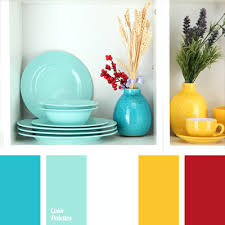 Bright blue and yellow always go well together, creating a very pleasant  contrast. These