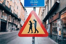 Képtalálat a következÅre: âvicces kresz táblákâ
