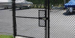 Chain Link Fence Gates Designs Fence and Gate Design Ideas