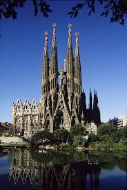 world famous architecture buildings. \u003cem\u003eDesigned By Antoni Gaudi In 1882.\u003c\/em\u003e\u003cbr World Famous Architecture Buildings