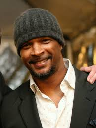Is damon wayans gay