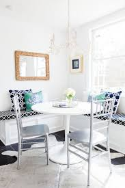 Crisp, yet colorful dining room