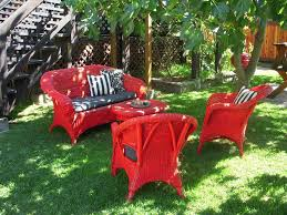 red painting wicker furniture