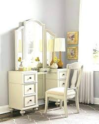 Bedroom Sets With Vanity Makeup Desk With Lighted Mirror Beautiful ...
