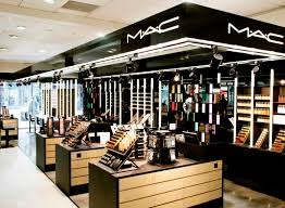 mac cosmetics launches first lash bar in new zealand