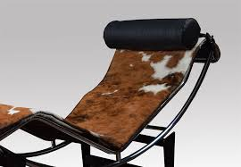 le corbusier lc4 lounge chair in cowhide vintage occasional chair