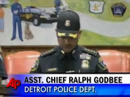 <b>7</b> Y/<b>o Girl</b> Killed During Detroit Police Raid - YouTube