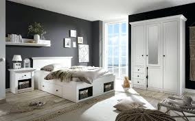 Schlafzimmer Kleiderschrank