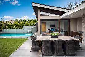 open pool house. Open Pool House