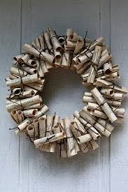 Book wreath .