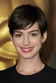 best anne hathaway images anne hattaway female  115 best anne hathaway images anne hattaway female actresses and hair cut