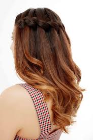 25 Wedding Guest Hairstyles Thatll Make You The Chicest Attendee
