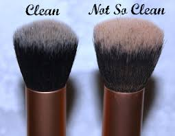 i could tell the difference clean makeup brushes clarifying shoo