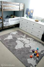 map rug while