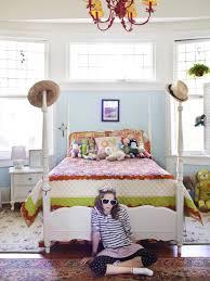 Smart Tween Bedroom Decorating Ideas HGTV - Girls bedroom decor ideas