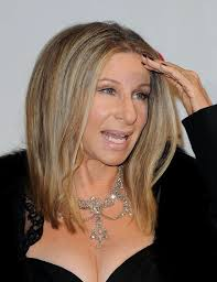 barbra streisand glammed it up with an exquisite diamond chandelier necklace at the ares 2016 tribute