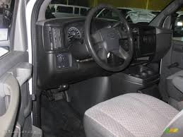 2005 Chevrolet Express 2500 Cargo Van interior Photo #38035750 ...