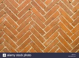 Herringbone Brick Pattern Classy Brick Paving In Herringbone Pattern Stock Photo 48 Alamy