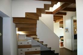Modell typ 1 erreicht als gewendelte treppe geschosshöhe bis 329 cm. Wir Aktuell Faltwerktreppe Mit Abgetreppten Brettwangen