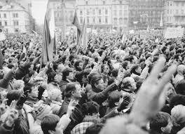 Plzeň chystá oslavy 30. výročí sametové revoluce, bude spolupracovat s Post  Bellum: oficiální informační server města Plzně