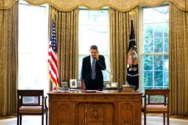 oval office table. Astounding President At His Desk In The Oval Office Inspirations Large Table