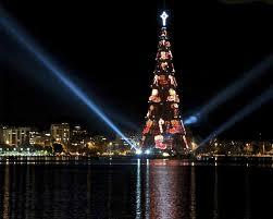 Watch Rios Iconic Christmas Tree Light Up The Night