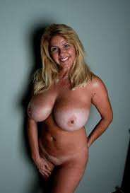 Naked Big Tit Mature Milf