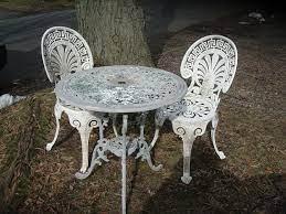 antique metal outdoor furniture