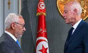 """الرئيس التونسي يمدد تعليق البرلمان ويفرض تدابير جديدة والنهضة تعتبرها  """"إلغاء للدستور"""""""