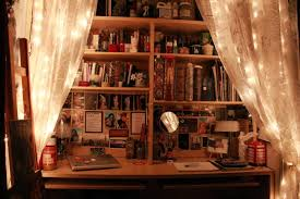 Bookshelf Lighting 40 Pictures That Prove Fairy Lights Make The World A Prettier Place