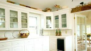 lighting above kitchen cabinets. Kitchen Cabinet Top Decorations Molding Of Cabinets  Sticky Lighting Above Decorative Accents Decorating Ideas Lighting Above Kitchen Cabinets G