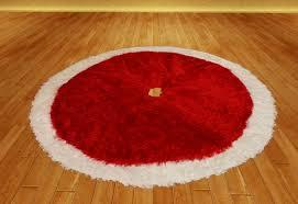 Christmas Tree Skirt 10 - Red Velvet with White Fur.  Christmas_tree_skirt_10_-_red_velvet_with_white_fur_001