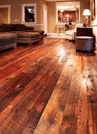 Reclaimed Tobacco Pine Hardwood Flooring Modern Living Room