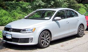 2012 Volkswagen Jetta Specs and Photos | StrongAuto