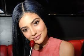kylie jenner asks snapchat if lip