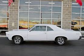 1967 pontiac st 2 door coupe this is my old car i gotta
