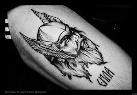 викинг с крыльями на голове добавлено николай тритон
