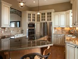 cost to replace kitchen cabinets how much