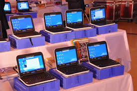 difference between notebook and laptop laptop vs netbook difference and comparison diffen