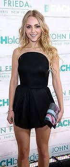 AnnaSophia Robb   Annasophia robb, Little black dress, Fashion