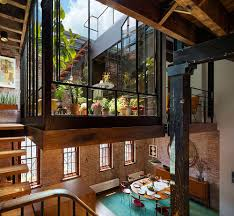 Industrial Loft In Tribeca With Retractable Glass Roof - Warehouse loft apartment exterior
