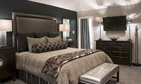 Bedroom:Purple Bedroom With White Mattress And Grey Pillows Also Grey  Blanket Near Small Dark