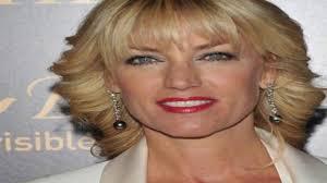 تسريحات الشعر للنساء فوق سن 50 أعلى 30 المتوسط الطول تسريحات الشعر للنساء فوق سن 50