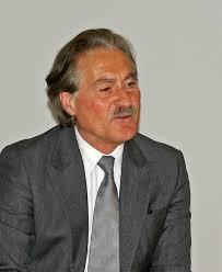 """Vorstandsvorsitzender Dr. H. <b>Werner Utz</b>: """"Innovationsprozess in 2012 sehr <b>...</b> - 04_13_uzin_werner_utz"""