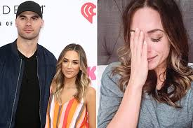 Wireimage later that month, kramer took to social media to share how she was adjusting to life after their split. In A Nightmare Marriage Between Jana Kramer And Mike Caussin A Flirtatious Sex Addict She Applies For A Divorce Six Years Later Eminetra New Zealand
