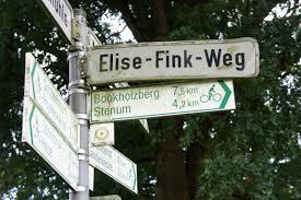 File:Elise-Fink-Weg.JPG - Wikimedia Commons