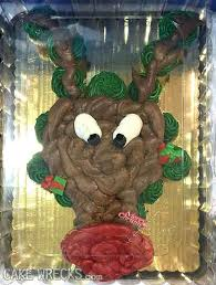 Take a look at the coolest christmas cake recipe ideas. 8 Christmas Cakes So Bad They Re Good For A Belly Laugh Cake Wrecks