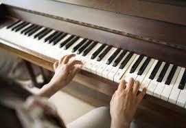 Die baumdetektive download criavis verlag. Klavier Spielen Lernen Mit Diesen Tipps Gelingt Es Sicher