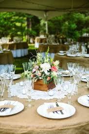 round table centerpieces wedding centerpieces for round tables crescent round table setting table decoration ideas flowers