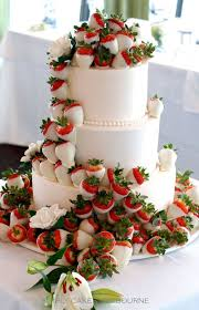 Engagement Party Cakes To Suit Every Couple Easy Weddings